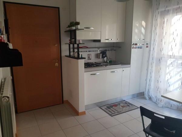 Appartamento in vendita a Roma, Casal Del Marmo Palmarola, Con giardino, 55 mq