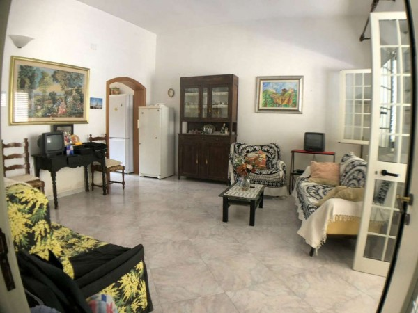 Casa indipendente in vendita a Surbo, Centro, Con giardino, 220 mq