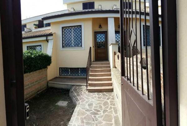 Villetta a schiera in vendita a Roma, Valle Muricana, Con giardino, 100 mq