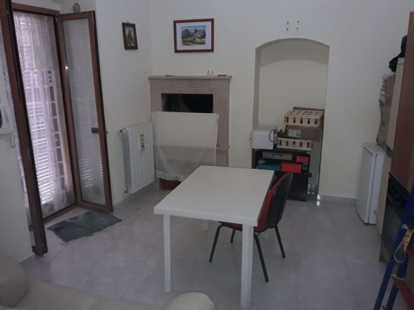 Casa indipendente in vendita a Triggiano, Centrale, 175 mq