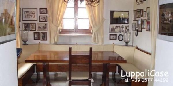 Villa in vendita a Monteriggioni, Con giardino, 621 mq - Foto 1