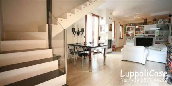 Appartamento in vendita a Siena, 105 mq