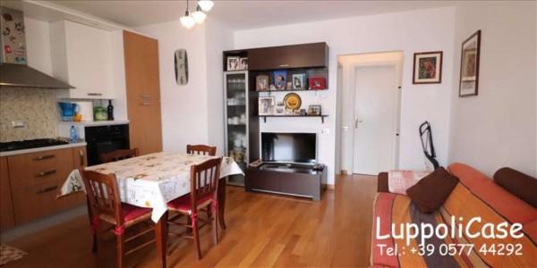 Appartamento in vendita a Siena, 83 mq