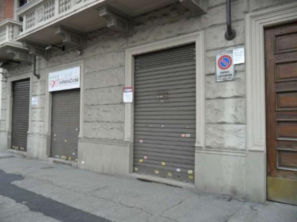 Negozio in vendita a Torino, 32 mq