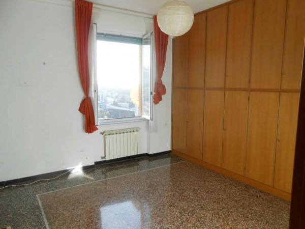 Appartamento in vendita a Genova, Adiacenze  Posalunga, 63 mq