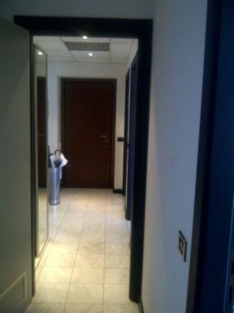 Ufficio in affitto a Milano, Repubblica, 105 mq