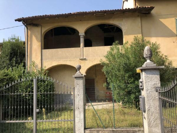 Rustico/Casale in vendita a Gavirate, Centrale, Con giardino, 270 mq