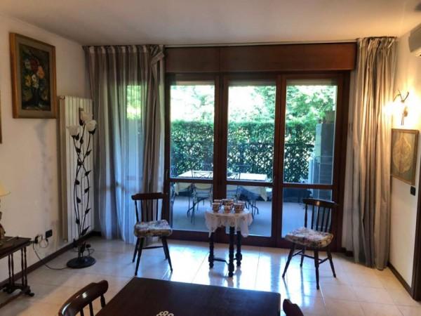 Appartamento in vendita a Laveno-Mombello, Con giardino, 97 mq