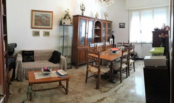 Appartamento in vendita a Chiavari, Centro / Levante, 60 mq