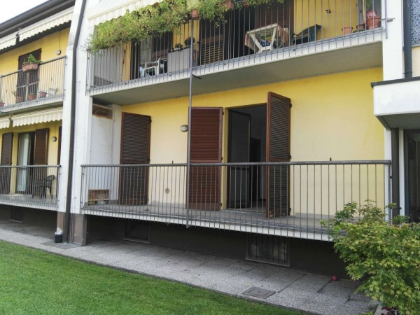 Appartamento in vendita a Buscate, Residenziale, Con giardino, 85 mq