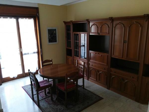Appartamento in affitto a Buscate, Centro, Arredato, 85 mq
