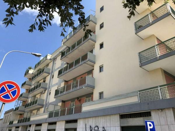 Appartamento in vendita a Lecce, Via Taranto, Arredato, 130 mq