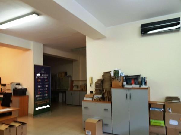 Locale Commerciale  in vendita a Milano, Repubblica, Stazione Centrale, 160 mq - Foto 10