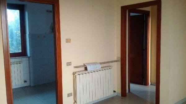 Appartamento in vendita a Gorla Minore, Prospiano, Con giardino, 81 mq
