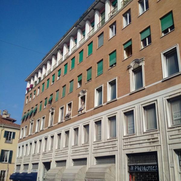 Ufficio in vendita a Brescia, Centro, 240 mq
