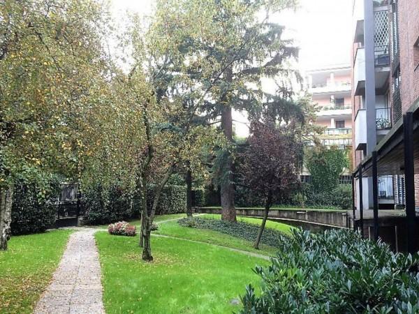 Appartamento in vendita a Milano, Con giardino, 106 mq