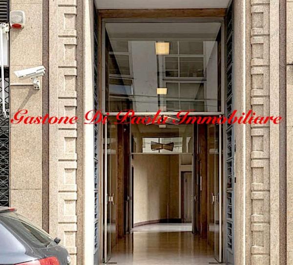 Ufficio in vendita a Milano, 52 mq