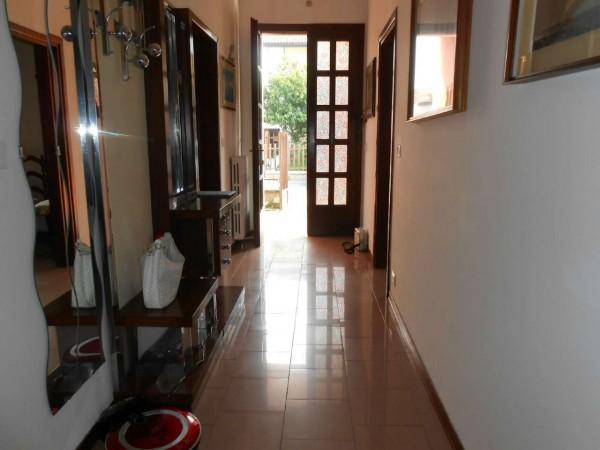 Villa in vendita a Bagnolo Cremasco, Residenziale, Con giardino, 218 mq