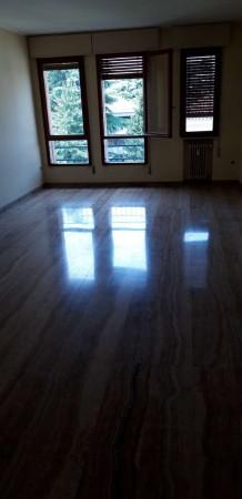Appartamento in vendita a Padova, 140 mq