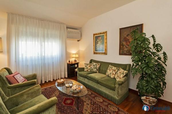 Appartamento in vendita a Milano, 80 mq