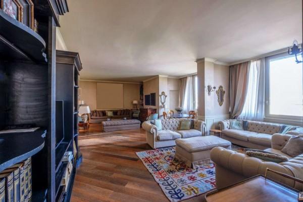 Appartamento in vendita a Milano, Missori, 250 mq