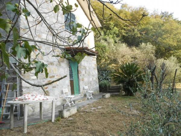 Casa indipendente in vendita a Rapallo, Adiacenze Via Carcassoni, Con giardino, 70 mq