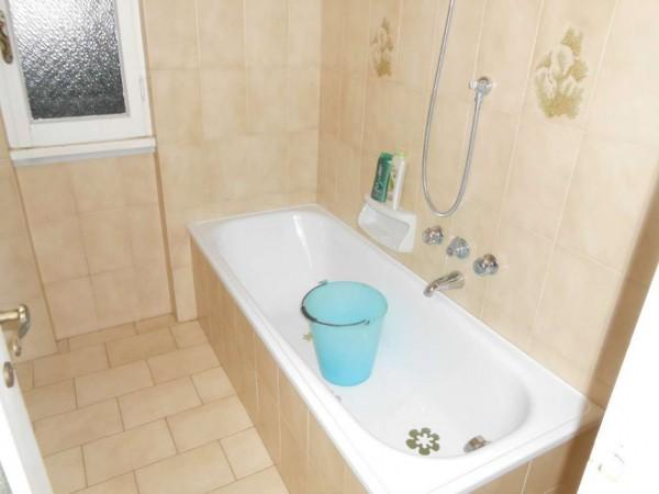 Casa indipendente in vendita a Rapallo, Adiacenze Via Carcassoni, Con giardino, 70 mq - Foto 40