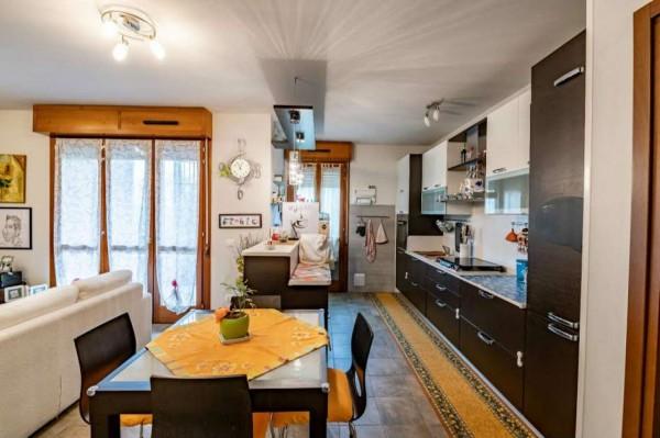 Appartamento in vendita a Modena, Cittanova, Con giardino, 115 mq