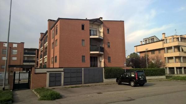 Appartamento in affitto a Sedriano, Residenziale, Con giardino, 55 mq