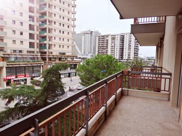 Appartamento in vendita a Bari, Poggiofranco, Con giardino, 130 mq