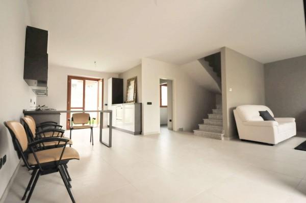Villa in vendita a Moncalieri, Revigliasco, Con giardino, 231 mq