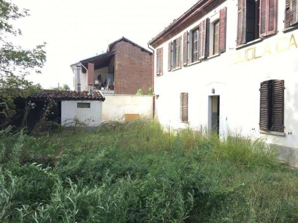 Casa indipendente in vendita a Alessandria, Con giardino, 140 mq