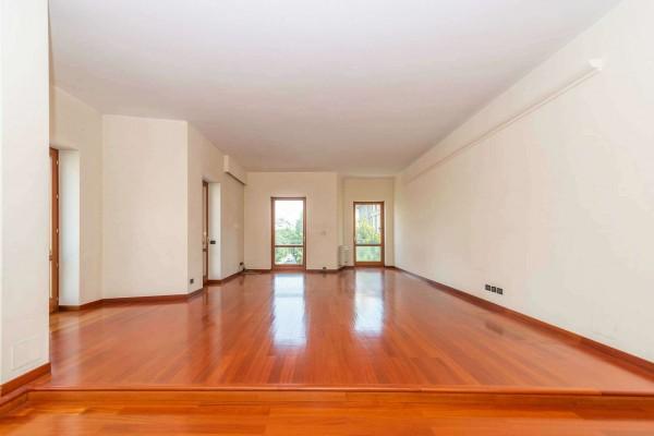 Appartamento in vendita a Milano, Porta Venezia, 215 mq