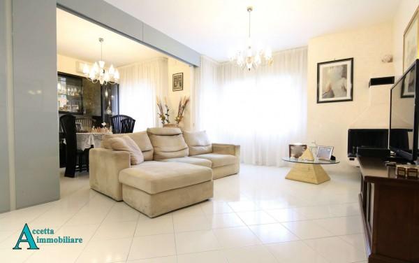 Appartamento in vendita a Taranto, Residenziale, 115 mq