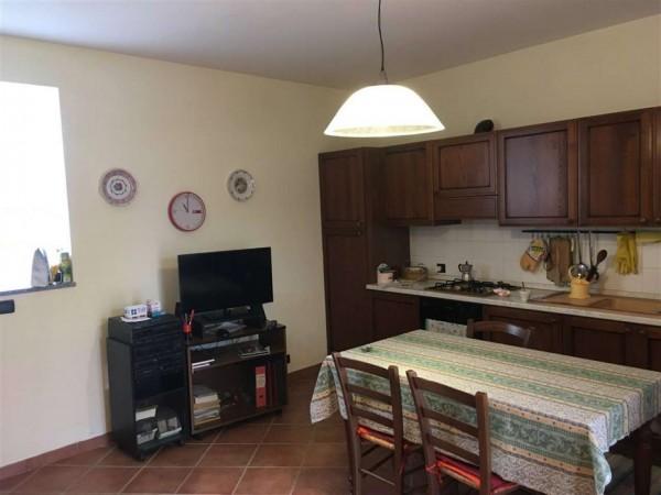 Appartamento in vendita a Viverone, Arredato, con giardino, 80 mq