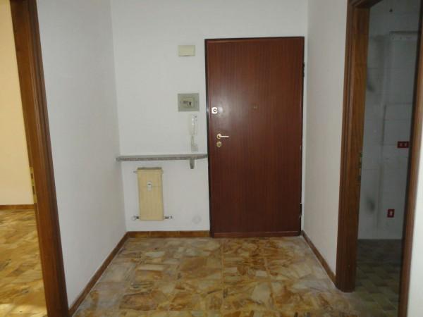 Appartamento in vendita a Alessandria, 90 mq