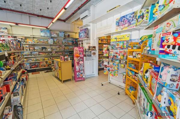 Negozio in vendita a Milano, 71 mq - Foto 8
