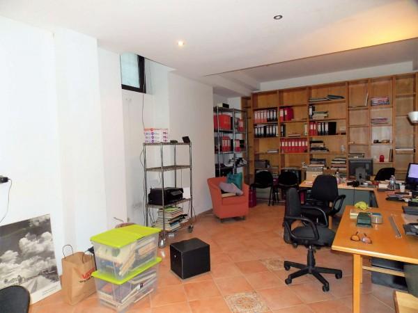 Ufficio in affitto a Milano, 100 mq
