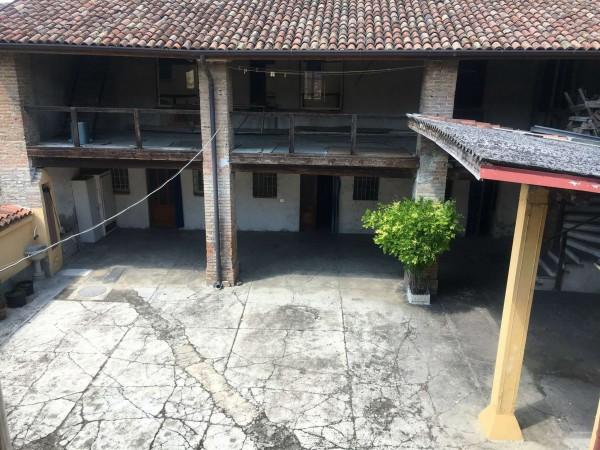 Rustico/Casale in vendita a Cremosano, Centrale, Con giardino, 400 mq