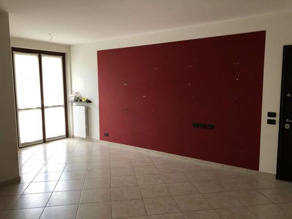 Appartamento in vendita a Cocquio-Trevisago, Centrale, Con giardino, 70 mq - Foto 15
