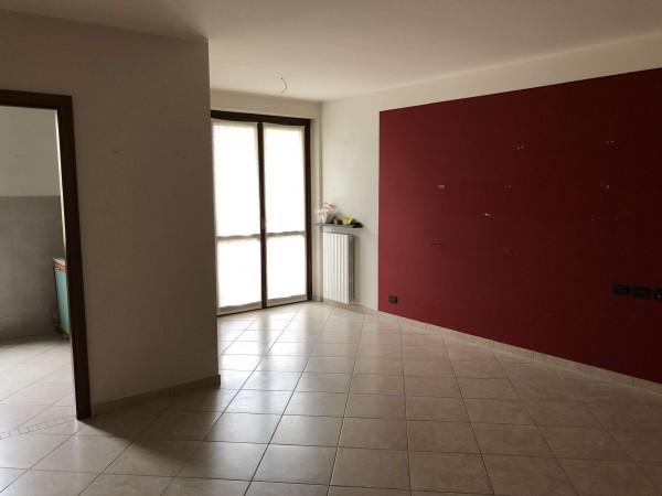 Appartamento in vendita a Cocquio-Trevisago, Centrale, Con giardino, 70 mq - Foto 16