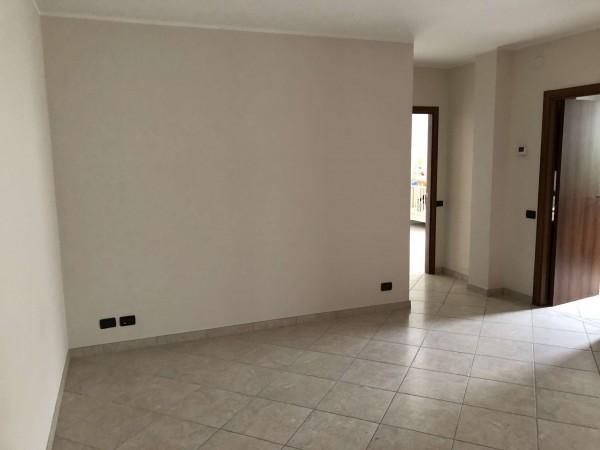 Appartamento in vendita a Cocquio-Trevisago, Centrale, Con giardino, 70 mq - Foto 19