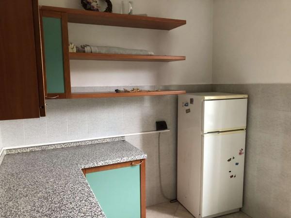 Appartamento in vendita a Cocquio-Trevisago, Centrale, Con giardino, 70 mq - Foto 13