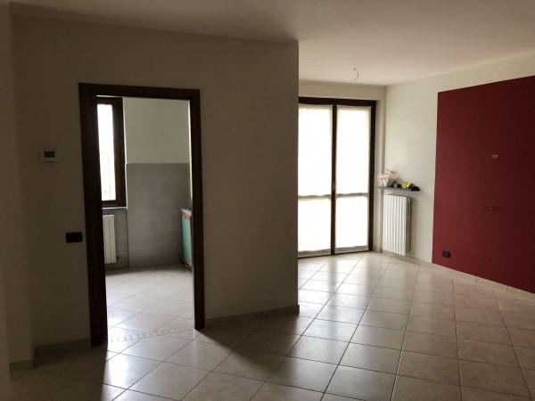 Appartamento in vendita a Cocquio-Trevisago, Centrale, Con giardino, 70 mq - Foto 17