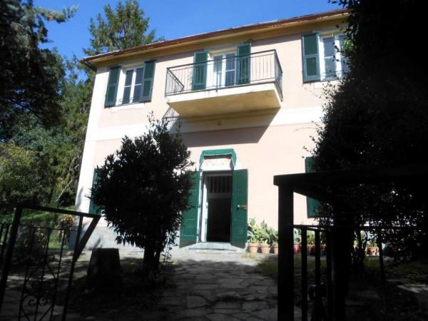 Casa indipendente in vendita a Genova, Adiacenze Santuario Della Guardia Di Bavari, Con giardino, 160 mq