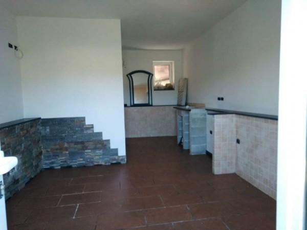 Appartamento in vendita a Uscio, Con giardino, 75 mq