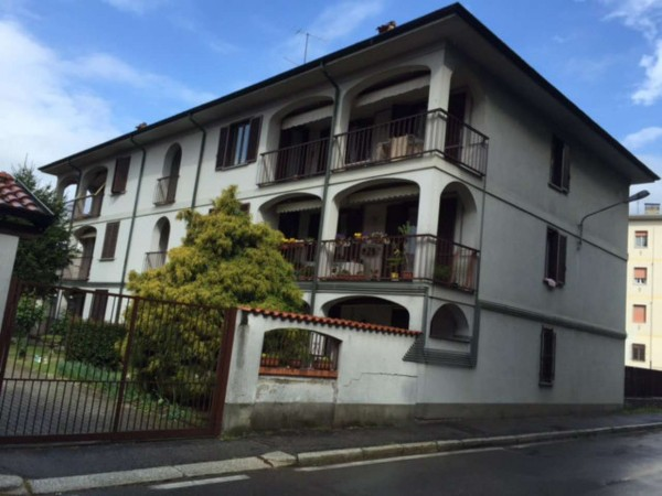 Immobile in vendita a Gorla Minore, Prospiano, Con giardino, 1232 mq