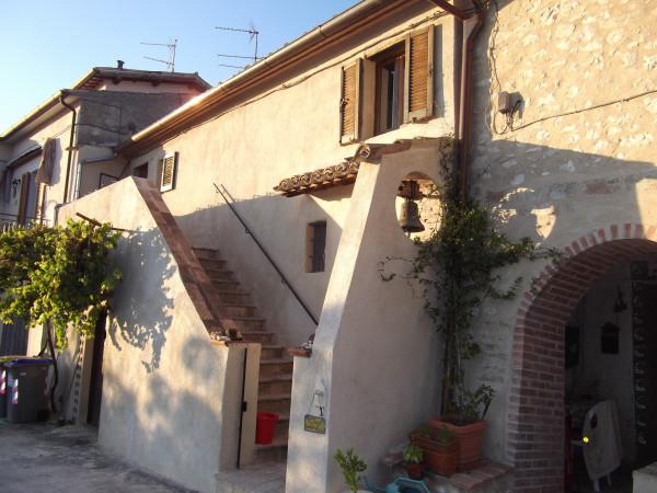 Casa indipendente in vendita a Trevi, Matigge, Con giardino, 220 mq
