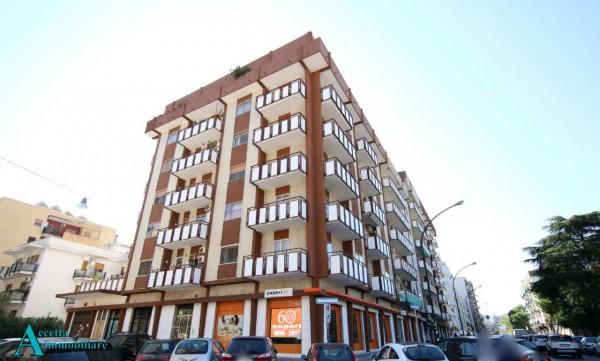 Appartamento in vendita a Taranto, Semicentrale, 110 mq