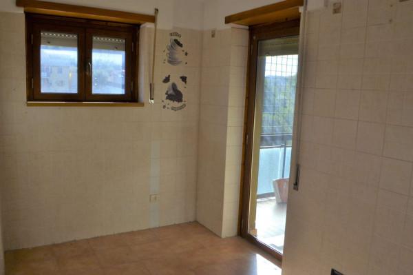 Appartamento in vendita a Roma, Torrino, Con giardino, 119 mq - Foto 3